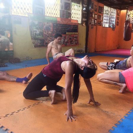 alt=stretching